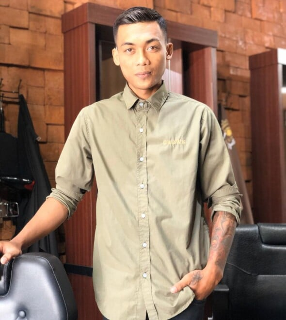 Agus Crown Gentleman Barbershop Bali